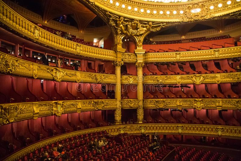 Audytorium wśrodku palais garnier opery Garnier w Paryż, Francja obraz stock