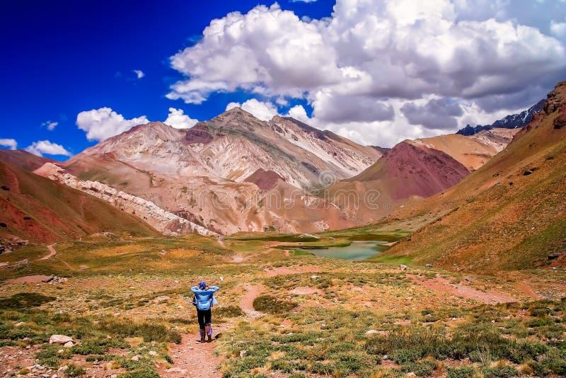 Auf dem Trekkingsweg zu Aconcagua stockfotografie