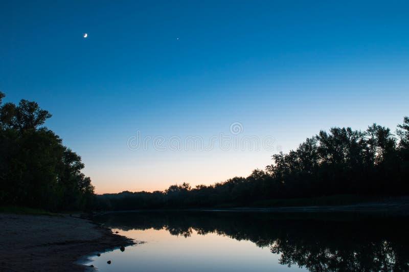 Auf dem Ufer stockfotos