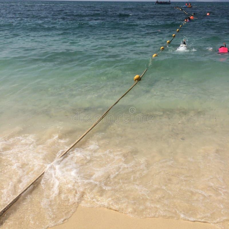 Auf den Ferien: Strand lizenzfreies stockbild