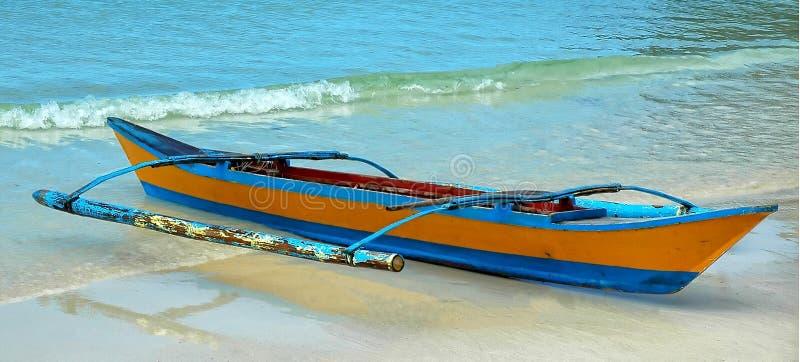 Auf den Strand gesetzter Ausleger, Boracay-Insel, Philippinen stockfotografie