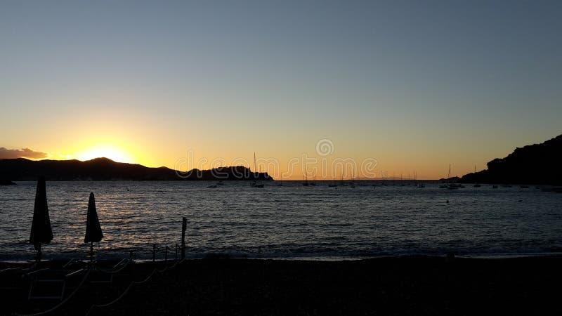 Auf Elba di Sonnenuntergang fotografia stock libera da diritti