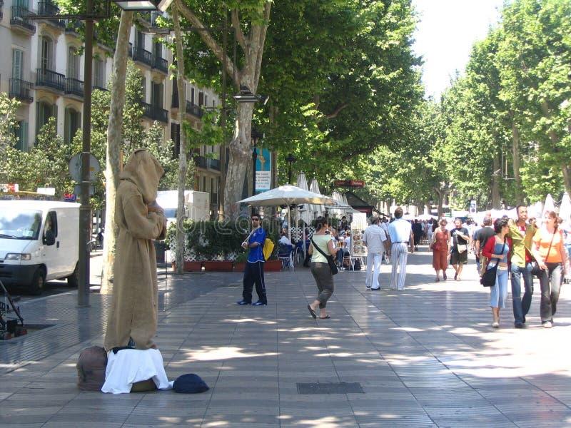Auf Straße von Barcelona lizenzfreie stockbilder