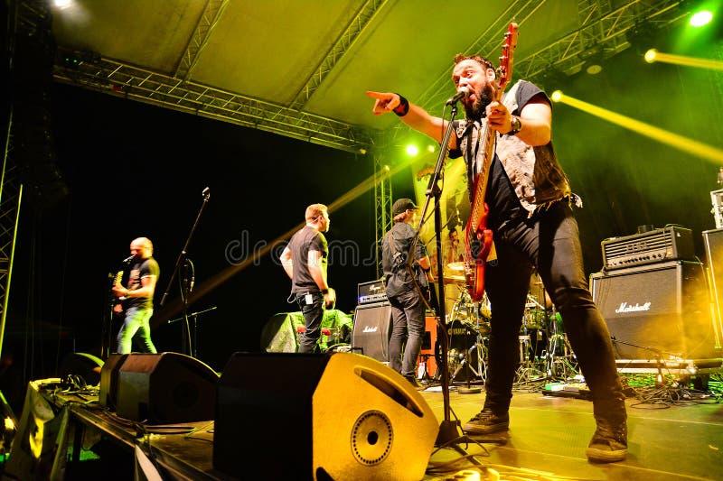 Auf Wiedersehen zum Schwerkraftrockband Live auf Stadium lizenzfreies stockbild