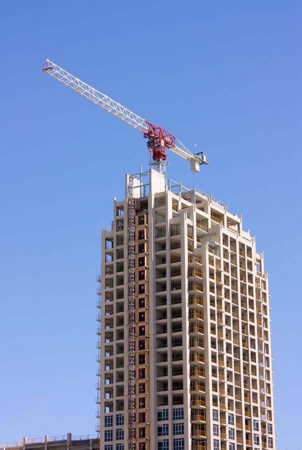 Aufbau des modernen Highrisegebäudes lizenzfreie stockbilder