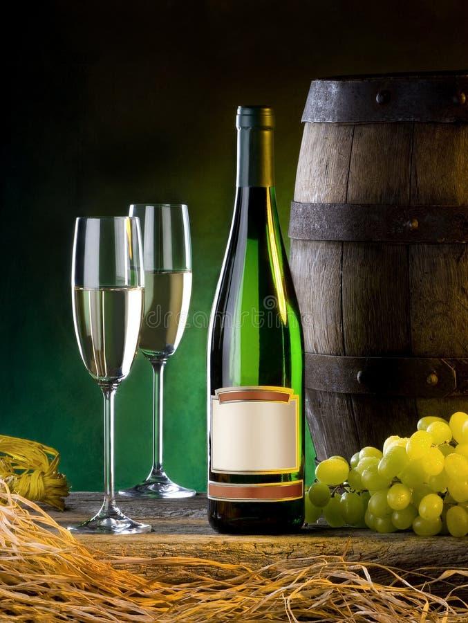 Aufbau mit Wein lizenzfreies stockfoto