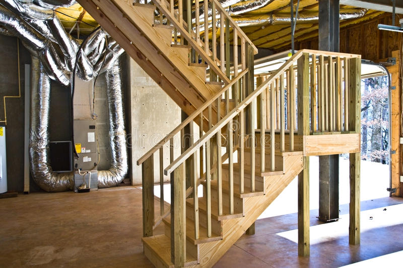 Aufbau-neue Treppen stockfoto