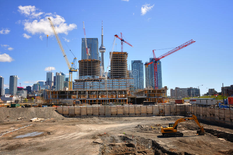 Aufbau in Toronto lizenzfreie stockbilder