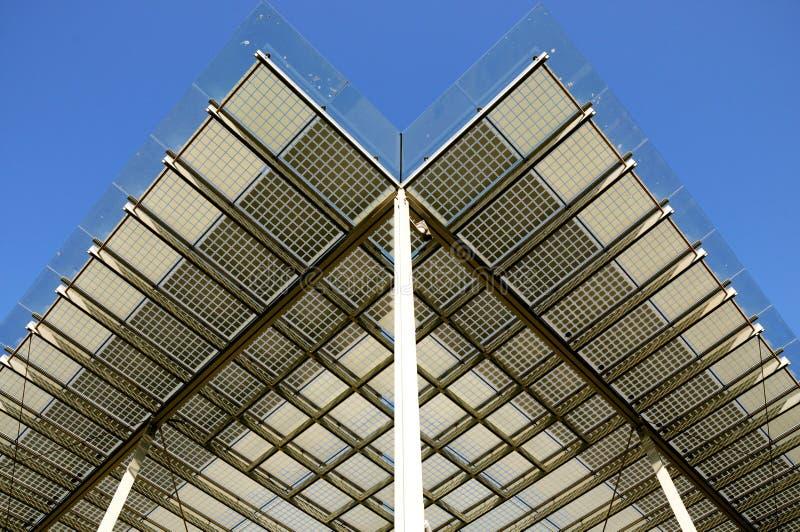 Aufbauendes integriertes photovoltaics lizenzfreie stockfotografie
