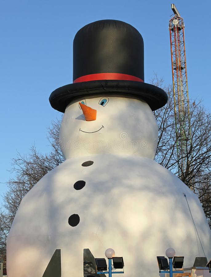 Aufblasbarer Schneemann stockfotos