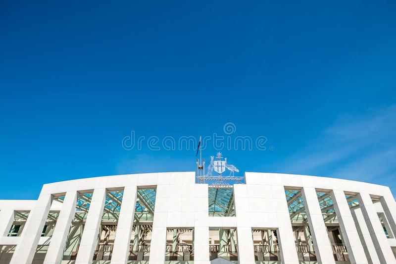 Auffallende Architektur von Australiens Parlamentsgebäude, Canberra, TAT stockbilder