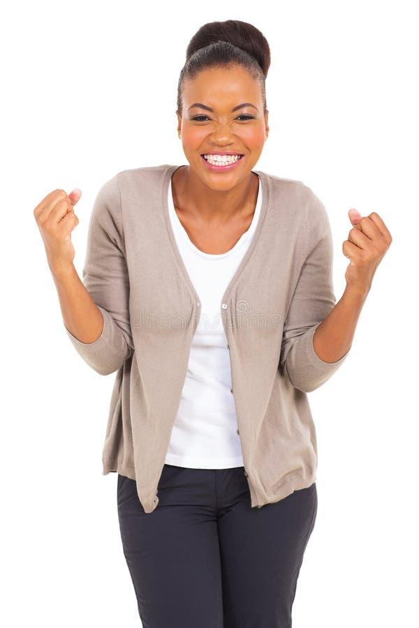 Aufgeregte afroe-amerikanisch Frau stockfotografie