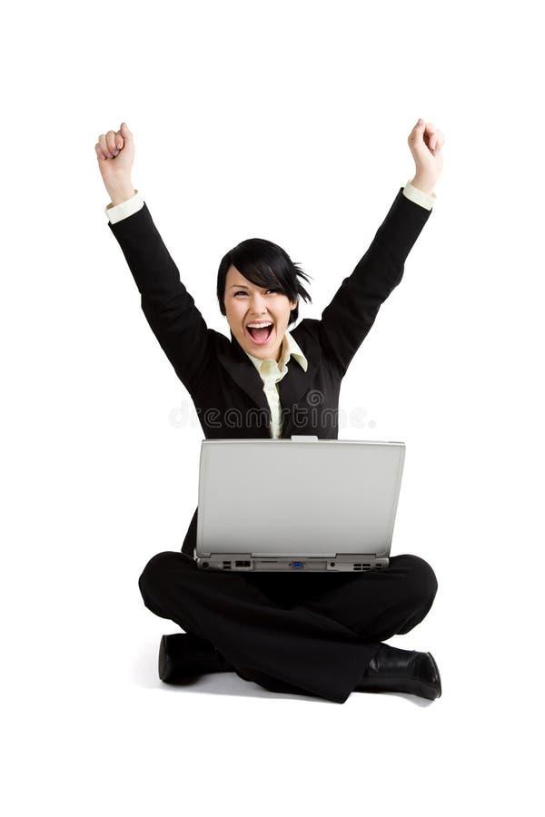Aufgeregte Geschäftsfrau stockfoto
