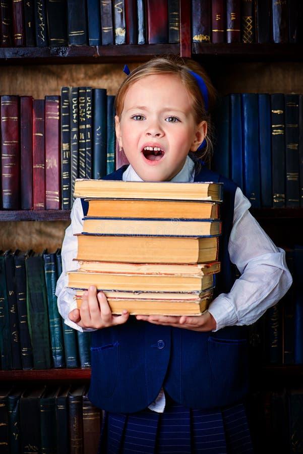 Aufgeregtes Kindermädchen lizenzfreie stockbilder