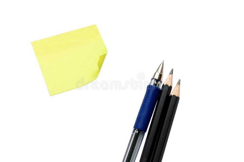 Aufkleber, Feder und Bleistifte lizenzfreie stockfotografie