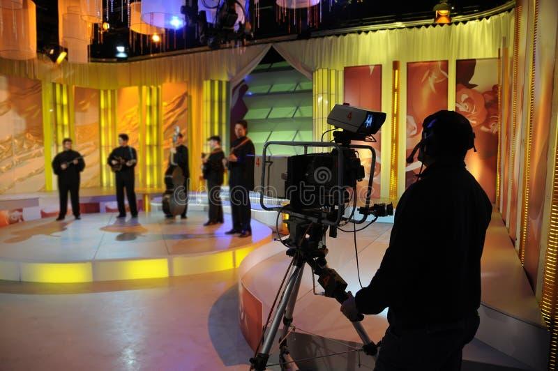 Aufnahme Fernsehzeigen im Studio stockfotografie