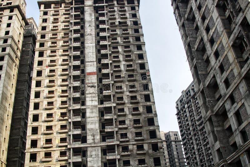 Aufrichtung von Geb?uden Schnelles Wachstum des Baus in Indien stockfoto