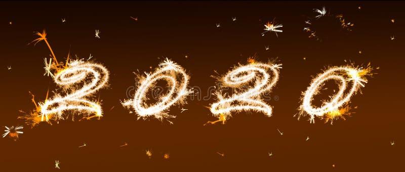 Aufschrift 2020 von Bengal-Lichtern Neues Jahr ` s und Weihnachtskonzept stockbilder