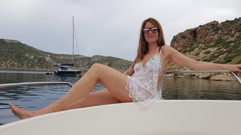 Aufstellung auf einem Segelboot auf der Insel von Cabrera majorca stockfoto