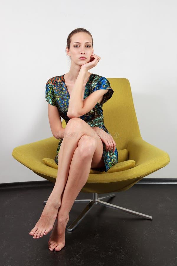 Aufstellung im modernen Stuhl lizenzfreies stockfoto