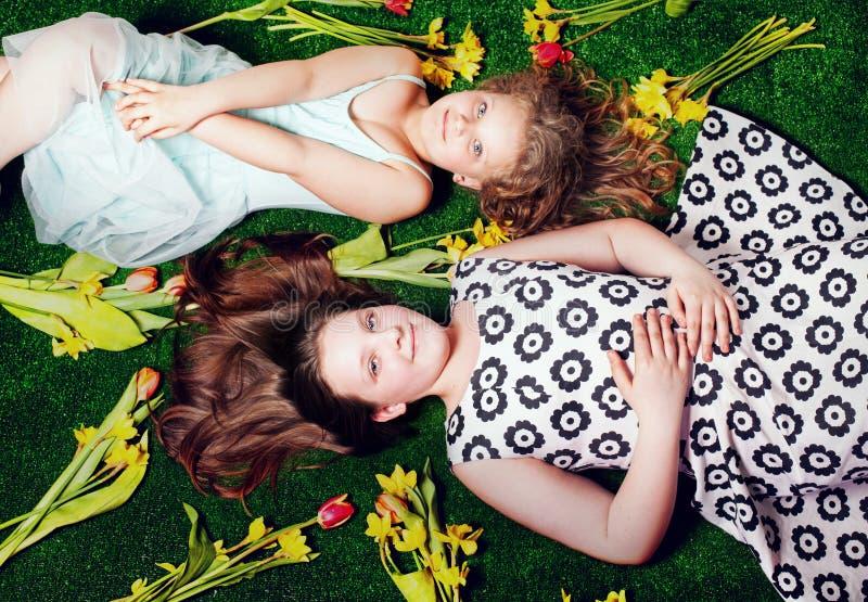 Aufstellung mit zwei Schwestern. stockfoto