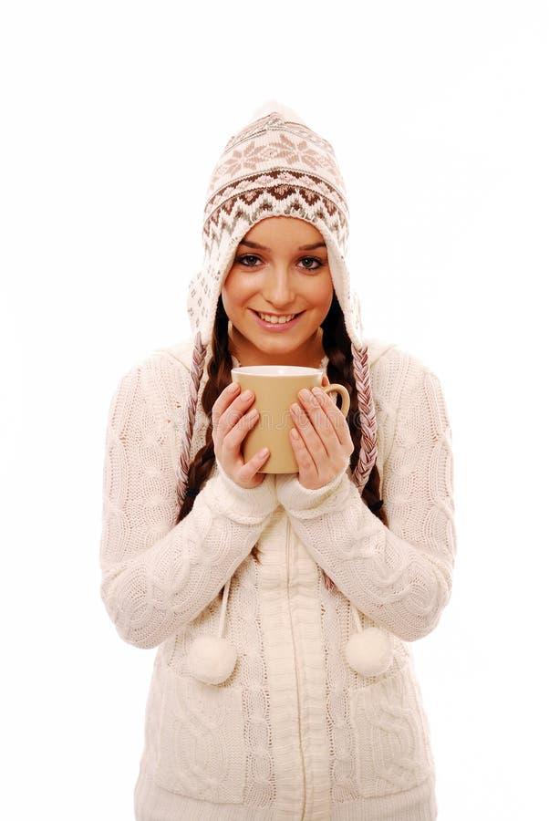 Aufwärmen mit Tasse Kaffee stockfoto