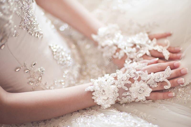 Aufwartung der Hochzeitszeremonie lizenzfreies stockfoto