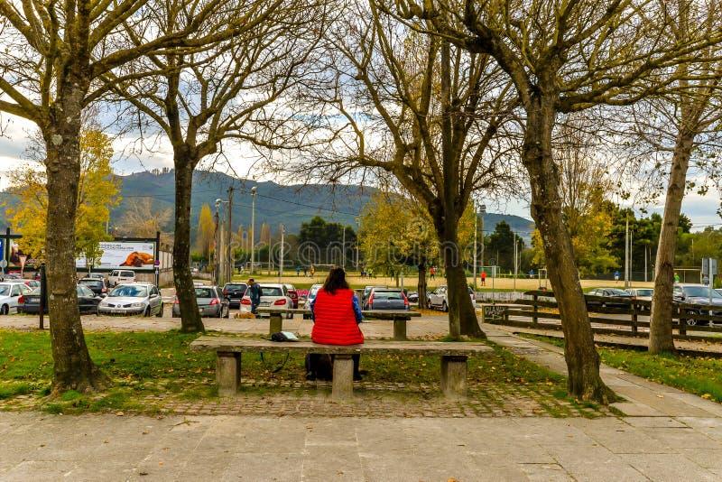 Aufwartung am Strand - Vigo stockfoto