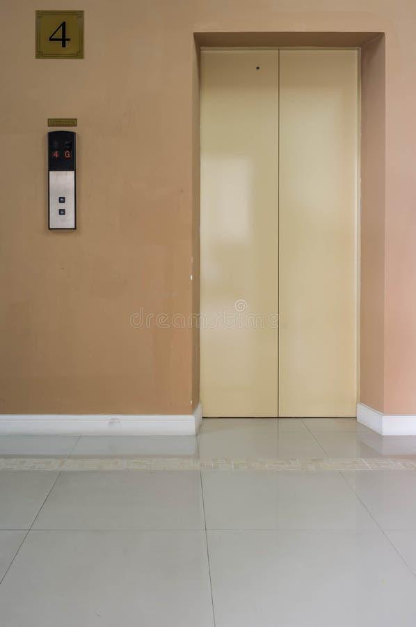 Aufzug lizenzfreies stockfoto