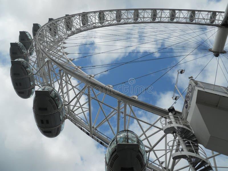 Augen über London lizenzfreies stockfoto