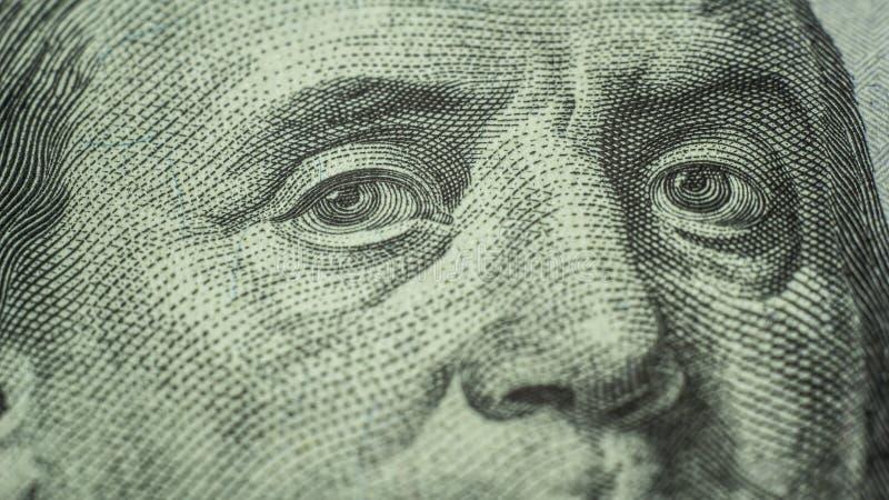 Augen von Benjamin Franklin 100 Dollar Anmerkungsnahaufnahme lizenzfreies stockfoto