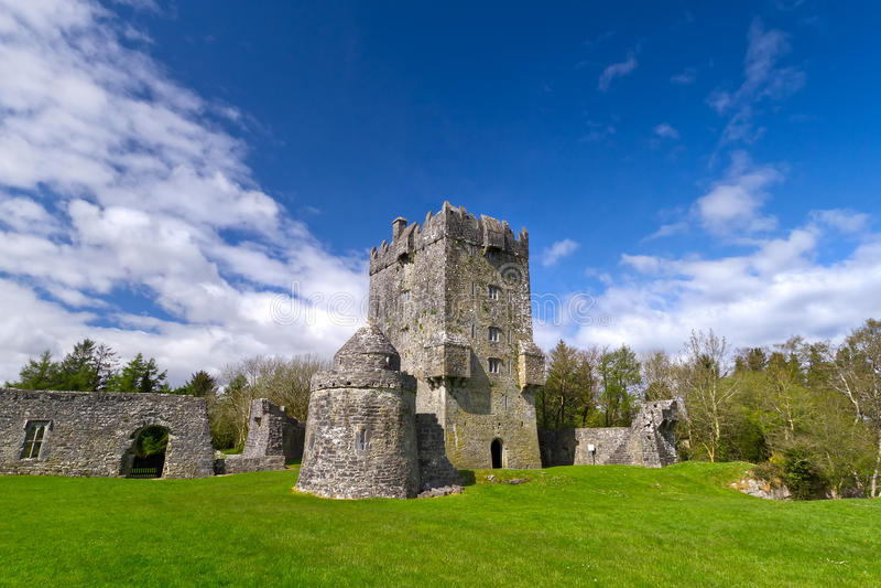 Aughnanure Castle ground