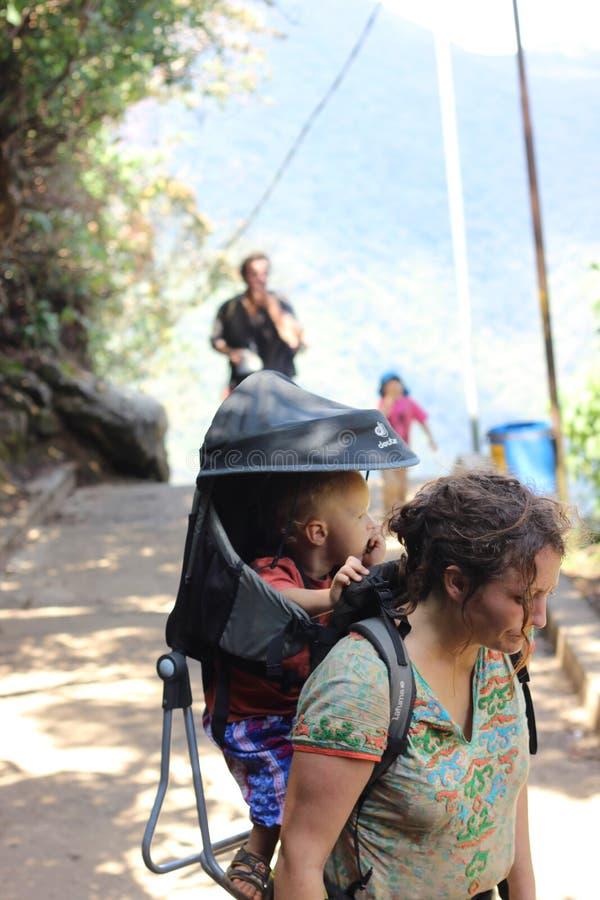 Augmentant le temps Sri Pada mountan Le Sri Lanka photo libre de droits