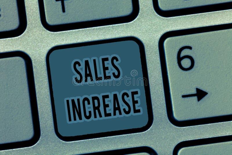 Augmentation de ventes des textes d'écriture La signification de concept élèvent vos affaires en trouvant des moyens d'augmenter  images libres de droits