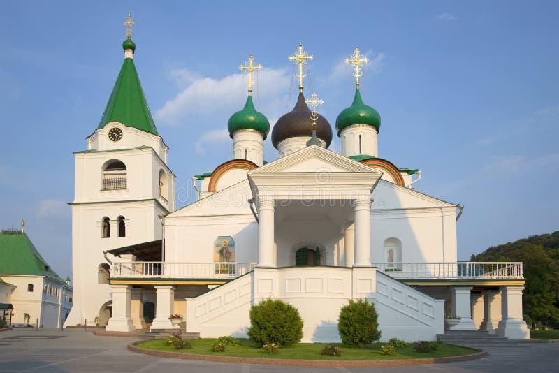 August afton för uppstigningdomkyrka UppstigningPechersky kloster i Nizhny Novgorod arkivfoto