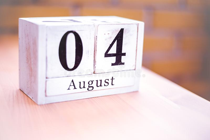4. August-August 4 - Geburtstag - internationaler Tag - Nationaltag lizenzfreie stockbilder