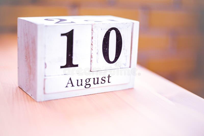 10. August-August 10 - Geburtstag - internationaler Tag - Nationaltag lizenzfreie stockfotografie