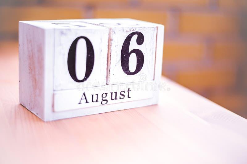 6. August-August 6 - Geburtstag - internationaler Tag - Nationaltag stockfotos