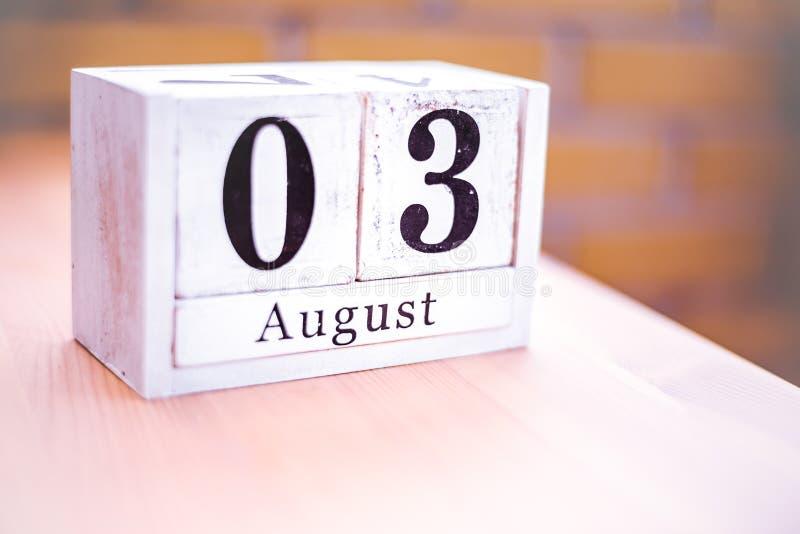3. August-August 3 - Geburtstag - internationaler Tag - Nationaltag stockbilder