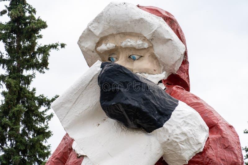 10. AUGUST 2018 - NORDPOL, ALASKA: Riese-Santa Claus-Statue ou stockfoto