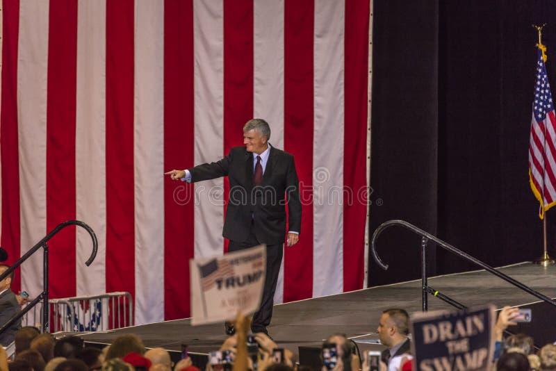22. AUGUST 2017 PHOENIX, AZ U S Ehrwürdiger Franklin Graham erscheint an Präsidenten Donald J trumpf Arizona, Präsident lizenzfreies stockbild