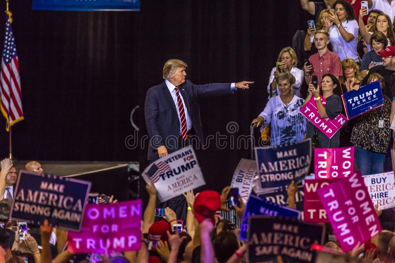 AUGUST 22, 2017, PHOENIX, AZ U.S. President Donald J. Trump gestures to crowd of supporters at. 2016 Presidential Fund Raiser &. AUGUST 22, 2017, PHOENIX, AZ U.S stock image