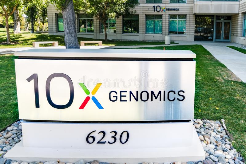 August 25, 2019 Pleasanton / CA / USA - 10x Genomics headquarters in Silicon Valley; 10x Genomics is an American biotechnology. Company that designs and royalty free stock images