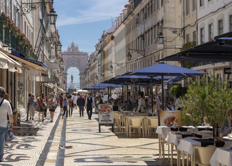 Augusta Street y Augusta Arch en Lisboa foto de archivo libre de regalías