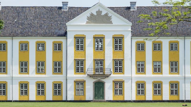 augustenborg城堡旅游地标门面在丹麦 库存照片