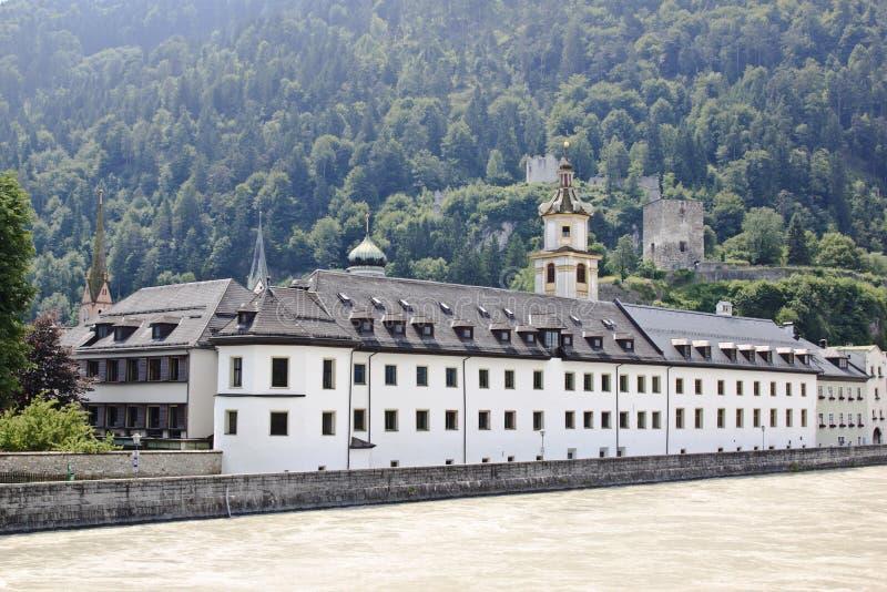 Augustinian Museum Rattenberg und Fluss Gasthaus, Austr lizenzfreie stockbilder