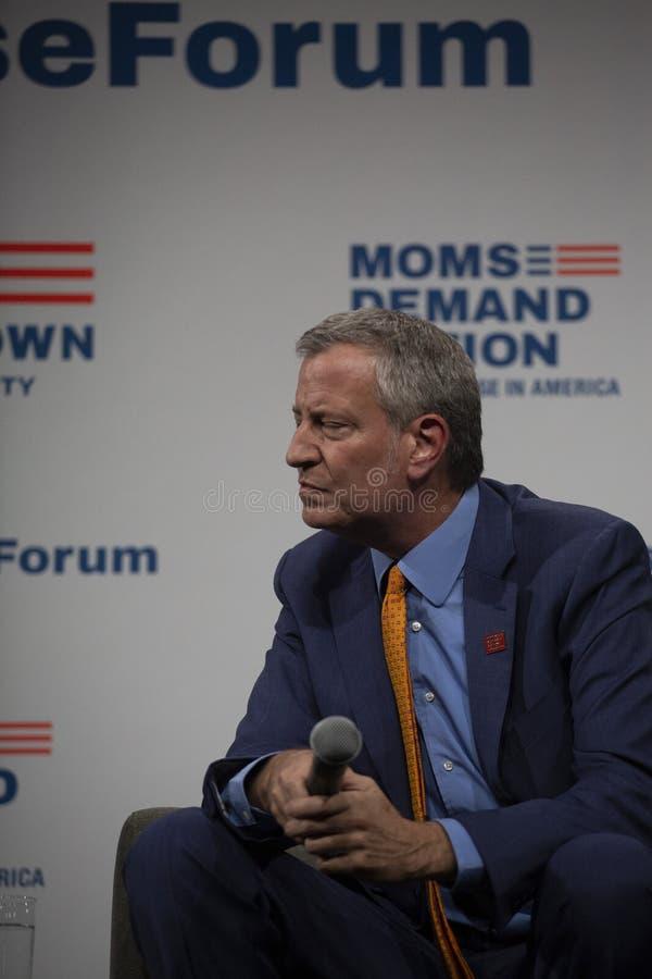 10 augustus, 2019 in Des Moines, Iowa: Bill de Blasio spreekt royalty-vrije stock afbeelding