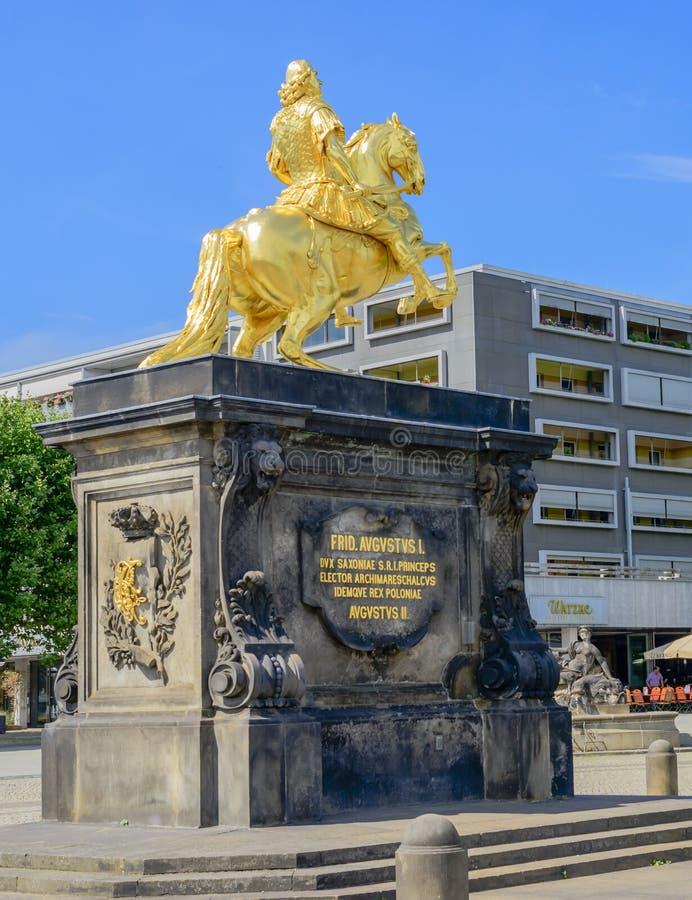 Download Augustus II La Estatua Fuerte En Dresden Imagen editorial - Imagen de travelling, recorrido: 64200730