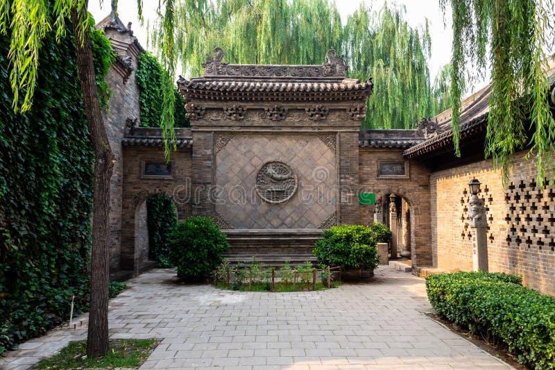 Augustus 2013 - Pingyao, China - Één van de vele mooie binnenplaatsen van de Oude Stad van Pingyao royalty-vrije stock afbeeldingen