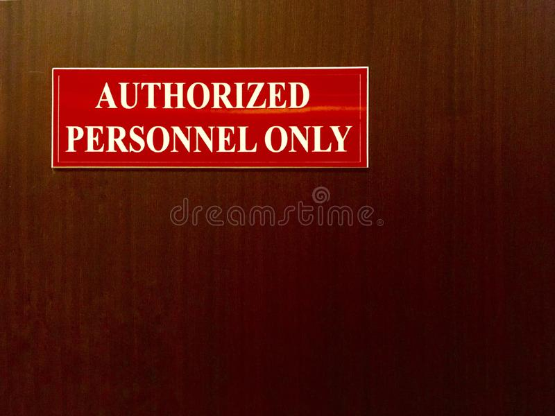 auktoriserat personaltecken royaltyfri bild